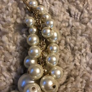 Francesca's Collections Jewelry - NWT Francesca's Pearl Statement Necklace